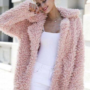 8DESS Warm Winter Faux Fur Coat Women Fashion Coat Outerwear