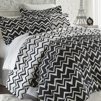 5 Piece printed reversible Comforter Set - Naty Black Full/Queen