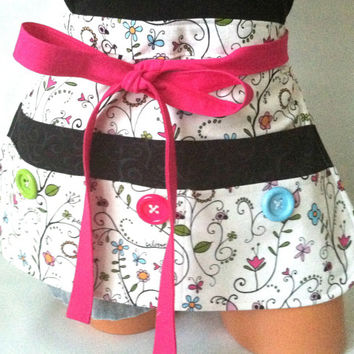 Fun Teacher Apron - White Black Pink Floral Half Apron with Pockets & Buttons, Vendor Apron, Teacher Planner, Teacher Gift, Colorful Apro