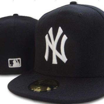 New York Yankees New Era Mlb Authentic Collection 59fifty Cap Black White