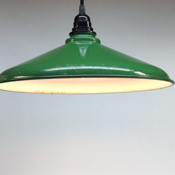 Vintage Porcelain Farmhouse Shade Lamp Kelly Green Emerald Mid Century Mod Modern 1960's Lighting Country Cottage Chic Minimalist