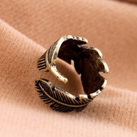 Vintage men's leaf ring