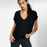 Petite Express One Eleven V-Neck London Tee