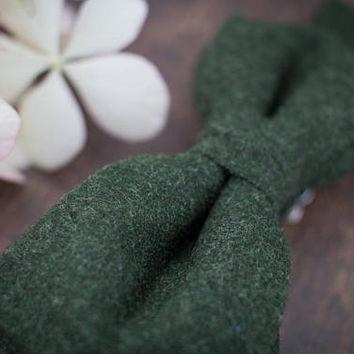 Woolen Bow Tie Dark Green Bow Tie Pre Tied Bow Tie Wool Bow Tie for Men Gift for Men Mens Bow Ties for Men Christmas Gift Men in Green