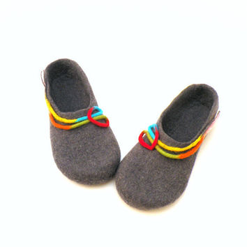 Felted wool slippers - handmade wool clogs - grey rainbow colorful slipper - made to order - autumn winter fashion - school girl