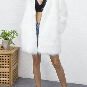 White Pockets V-neck Long Sleeve Fashion Faux Fur Coat