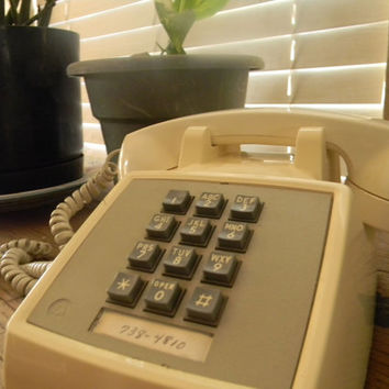 Vintage Phone Cream Push Button Table Top Western Electric Telephone 80s 90s