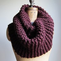 Super Snuggly Chunky knit cowl Burgundy.