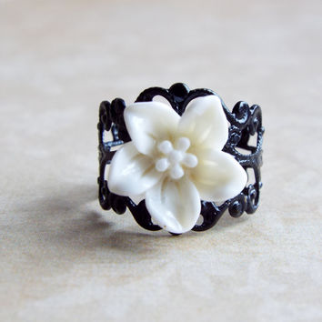 White Lily Flower Black Filigree Metallic Ring Floral Adjustable Statement Ring