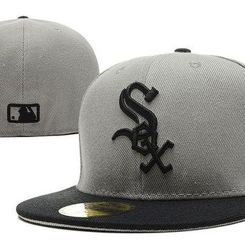 DCCKBE6 Chicago White Sox New Era MLB Authentic Collection 59FIFTY Hat Grey-Black