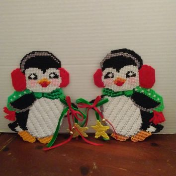 handmade plastic canvas christmas holiday winter cute penguin wall door hanging decor
