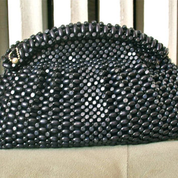 Fatale | Vintage 1940s Black Wood Beaded Clutch All Over Beaded Purse - Zipper Top - With Mirror