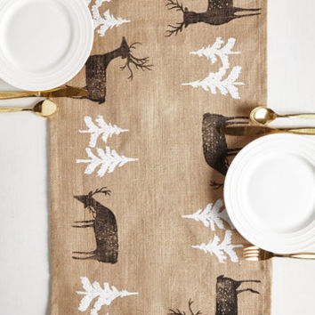 Gotta Land It to You Table Runner