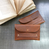 Oiled leather wallet/ pouche in cognac oiled by treesizeverse