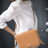 Saddle Bag Caramel Leather Cross Body Women Bag. Mint Condition Preppy Bag Thick Leather. Minimalist Bag Natural Leather RUITERTASSEN
