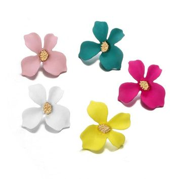 VEKNO Spray Paint Sweet Flower Stud Earrings For Women Fashion Accessories Elegant Cocktail Party Delicate Earring Summer Brinco