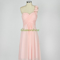 short chiffon bridesmaid dresses with one flower strap cheap sweetheart prom dress for girls on sale simple gowns for wedding party