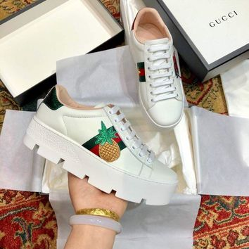 Gucci Old Skool Women Fashion Embroidery Bee Sneakers Sport Shoes white