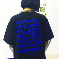 Free Shipping-NOBODY KNOWS TRIPPY TEXT TEE IN BLACK