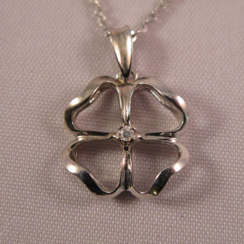 Four leaf Clover 18k solid White Gold Pendant - Free 9k Gold Chain - Valentine's Day