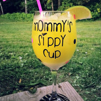 Mommy's Sippy Cup Zebra Bottom 20 oz. Wine Glass - Your Choice of Colors