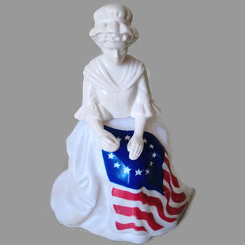 July 4th 1976 Betsy Ross Figurine Avon Sonnet Cologne Bottle