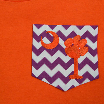 Chevron Pocket T-shirt with Tiger Paw Palmetto tree embroidery. Perfect for the Clemson Fans!