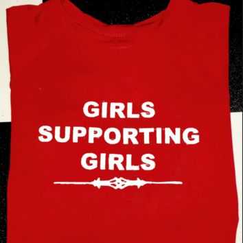SWEET LORD O'MIGHTY! GIRLS SUPPORTING GIRLS CROP TEE