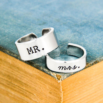 Mr. and Mrs. Rings - Couples Promise Rings - Adjustable Aluminum Ring Set
