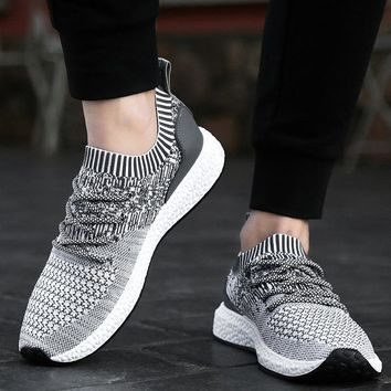 NEW Men Sneakers Lightweight Running Shoes Breathable Gym Sports Men Athletics Shoes Outdoor Trainers Non-Slip Zapatillas Hombre