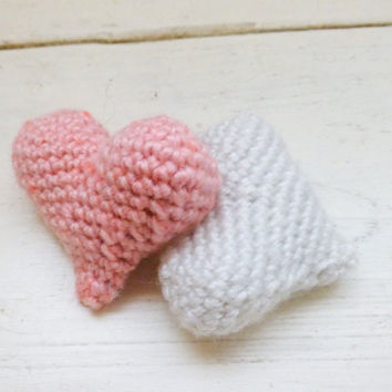 Crochet hearts, amigurumi hearts, crochet amigurumi, bowl sitters, vase filler, ready to ship, handmade, hand crochet, pink and white hearts
