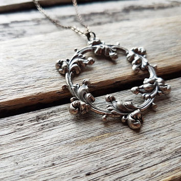Art Nouveau Floral Frame Necklace - Victorian Floral Ring Motif - Delicate Flowering Branch - Flourishing Twig - Romantic - Versailles Style