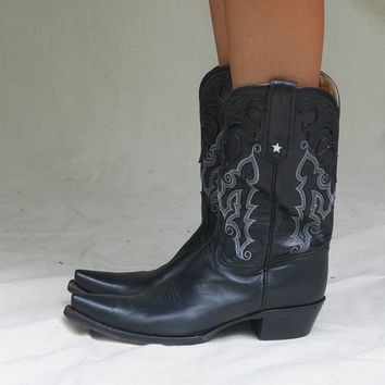 VINTAGE Black Star Western Boot