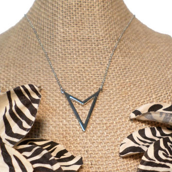 Silver Chevron Arrow Pendant Necklace V Shape Necklace - Silver Chevron Layering V Necklace, gift