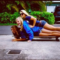 best friends, blond, blonde, cute, drive - inspiring picture on Favim.com