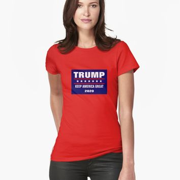 'PRESIDENT DONALD TRUMP GIFT ITEMS' T-Shirt by EmilysFolio