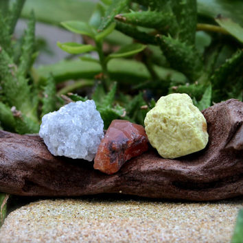 Wicca Healing Stone Kit // Grey Calcite, Lemurian Seed Quartz, Sulfur // Rough Stone Set of 3 // Wiccan Altar Supplies / Raw Stone Specimens