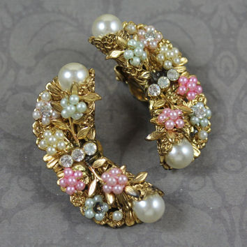 Vintage Golden Filigree Pastel Pearl Rosette Rhinestone Curved Clip On Earrings