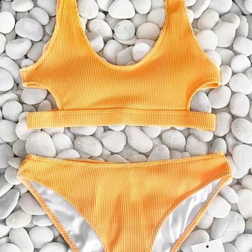 Cupshe Feather Yarn Solid Bikini Set
