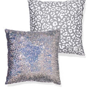 Dorm Room Pillows, Throw Pillows - PINK
