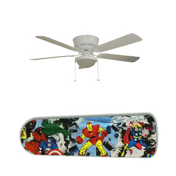 """Marvel Avengers Super Heroes 52"""" Ceiling Fan and Lamp"""