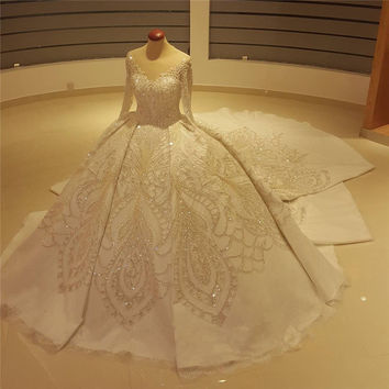 Luxury Crystals Beaded Ball Gown Wedding Dresses V-Neck Long Sleeves