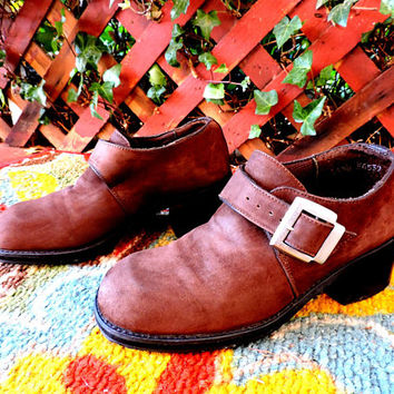 90s chunky shoes / US size 7 / EU 37/ brown suede oxfords / Andrea USA / chunky leather buckle oxfords