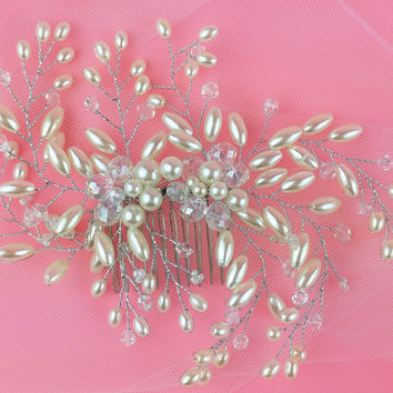Spider Pearl and Crystal Hair Comb