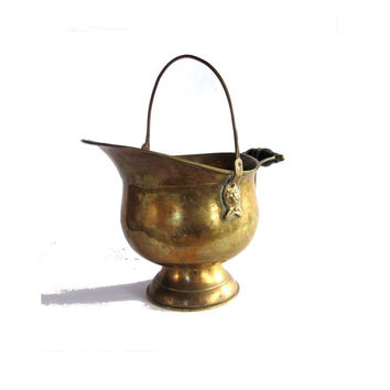 Metal bucket. Brass bucket. Scuttle. Coal scuttle. Lion heads handle. Brass handles. wood handle. Pedestal. Metal planter. Brass planter.