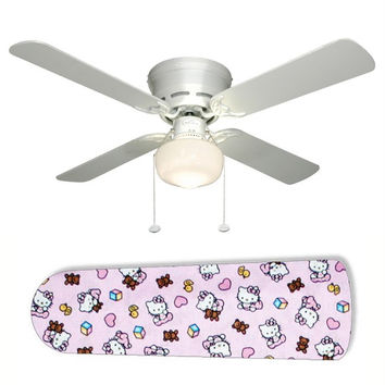 "Classic Hello Kitty 42"" Ceiling Fan and Lamp"