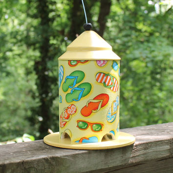 Flip Flops Bird Feeder by BFG. Great Spring and Summer Colors.  A Gift Perfect to Brighten Someones Day.  Great Indoor Beach Decor