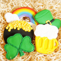 Handmade, hand decorated , St. St. Patrick's Day cookies - green shamrock cookies - 1 dozen