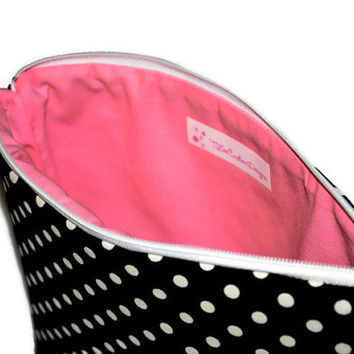 Black and White Polka Dot Cosmetic Bag // Black and Pink Make Up Pouch // Zippered Pouch