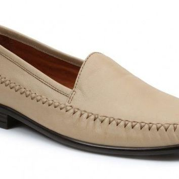 New Giorgio Brutini Men's Mortoni Beige Slip-on Shoes
